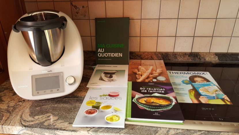neu vorwerk thermomix tm5 tm 5 ovp k chenmaschiene roboter mit allem zubeh r ebay. Black Bedroom Furniture Sets. Home Design Ideas